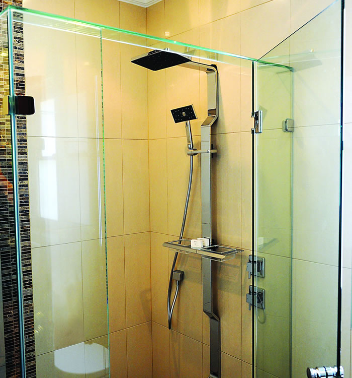 Shower Screens & Mirrors