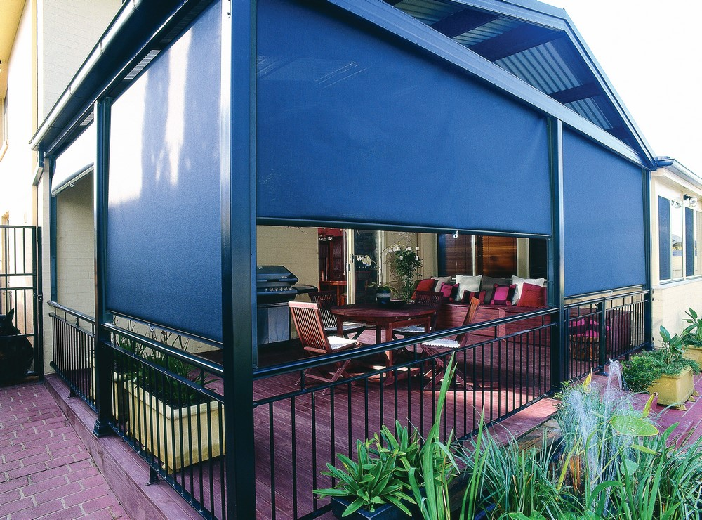 LUXAFLEX® Channel Rollup Awnings